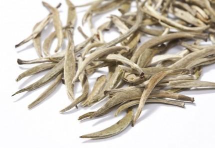 Silver Yin Zhen Tee weiss